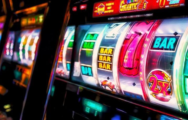 I игры игровые автоматы клубничкина игровой автомат партия бесплатно playdom промокод playwin